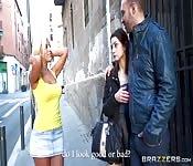 Bollente latina bionda le ruba il ragazzo