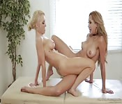 Belle lesbiche che sforbiciano