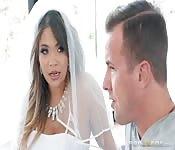 Geile Braut fickt letztes Mal vor Hochzeit