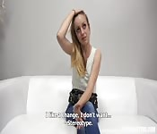 El casting de una joven rubita