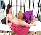 A sensual massage and lezzie loving