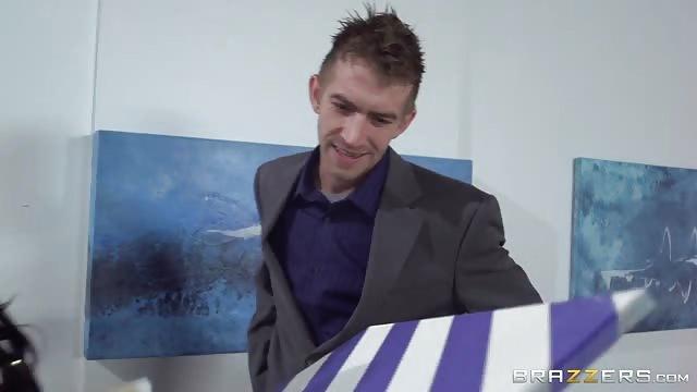 Big titty art thief gets fucked Art Thief Caught And Fucked Kalporn Com