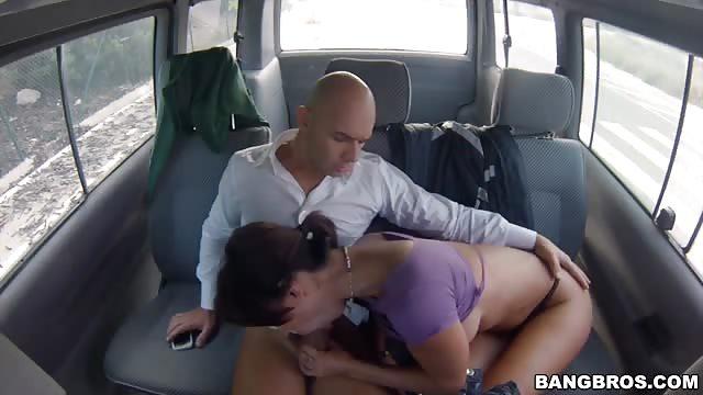 Bumsen im bus