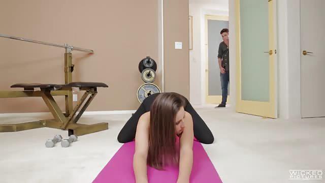 Porno mamuśki jogi