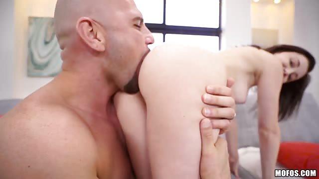 Danielle Sex oralny